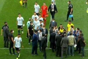Partida entre Brasil x Argentina foi interrompida pela Anvisa