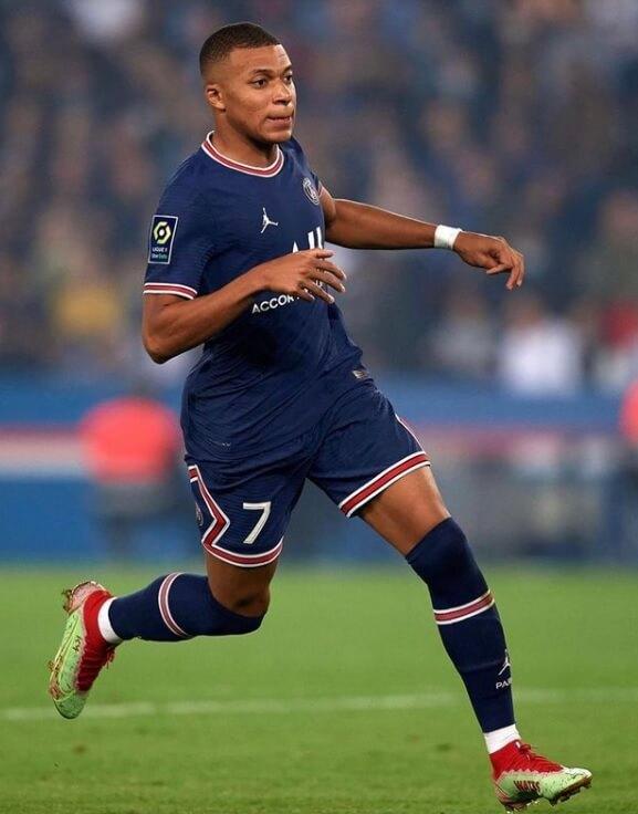 Mbappé deve deixar o PSG